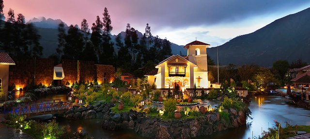 Surrounded by high mountain peaks and overlooked by a starlit sky, guests at this Sacred Valley hotel can absorb the tranquility of an inimitable landscape. 