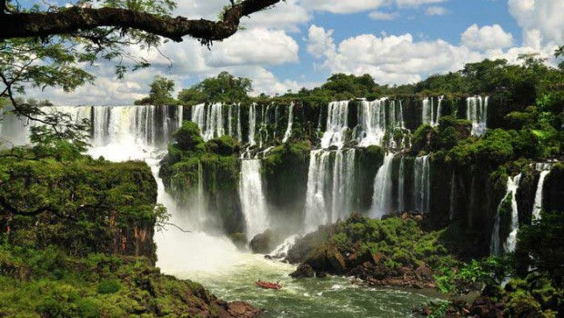 The breathtaking Iguazu Falls