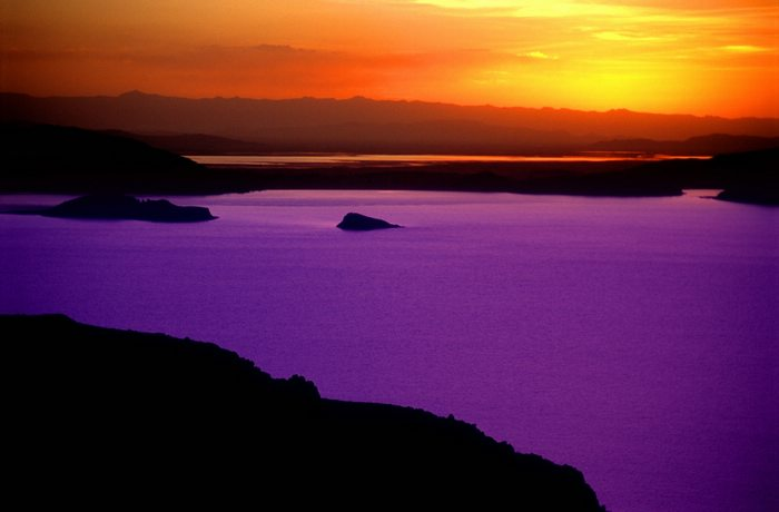 Sunset in Lake Titicaca