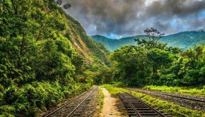 Train tracks to Machu Picchu