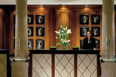 Hotel Four Seasons - Front Desk