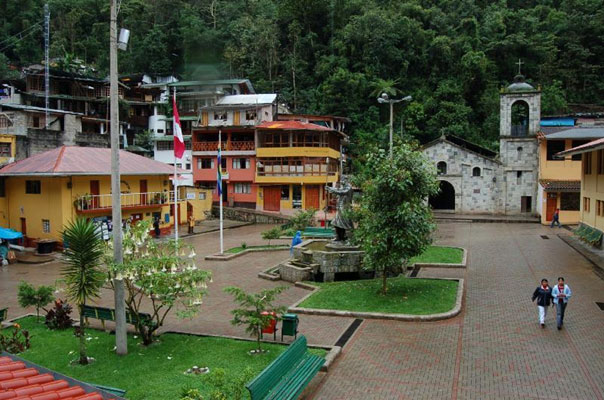 Aguas Calientes has a small main plaza