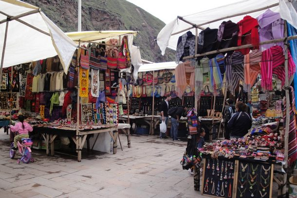 Handicrafts market in the sacred valley