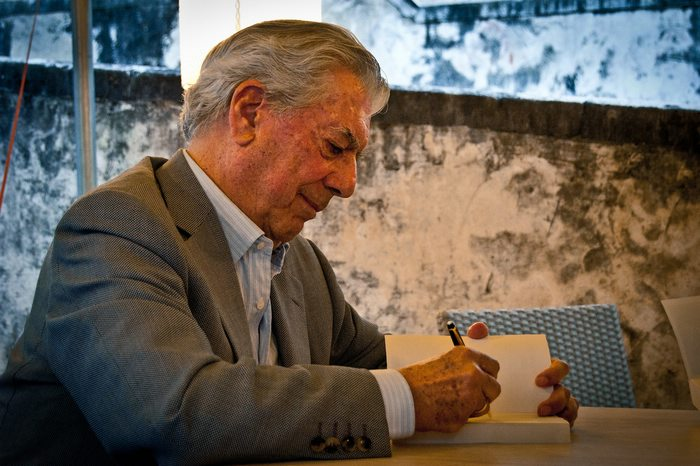 photo of Mario Vargas Llosa, a Nobel Prize winner