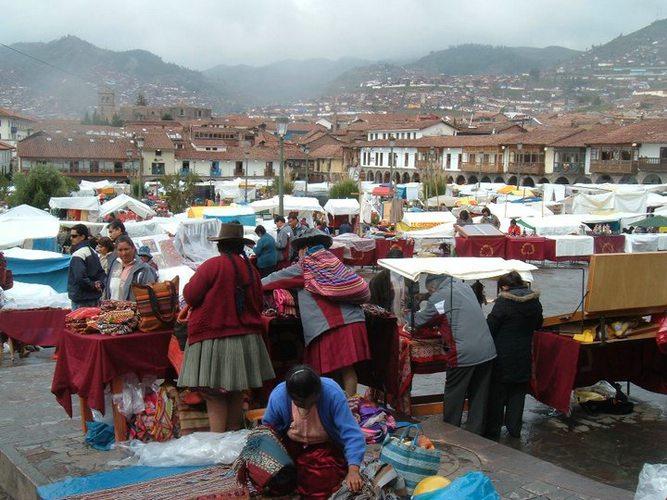 Cusco Christmas Fair. Photo courtesy of Challen Clarke.