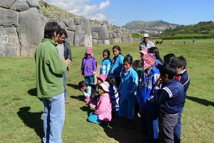 Kids at Sacsayhuaman