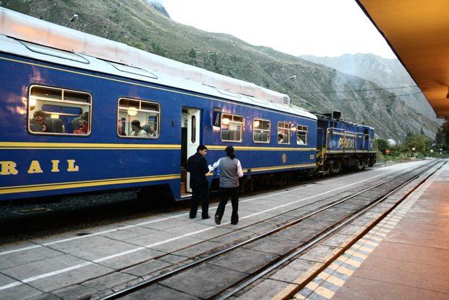 Train to Machu Picchu picture, Peru travel, Peru For Less