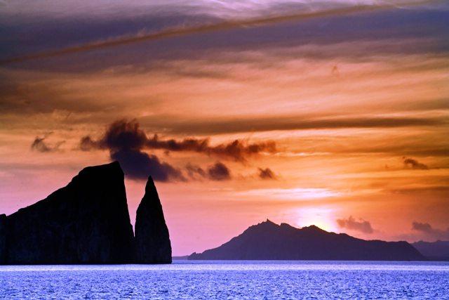Galapagos Islands, Galapagos tours
