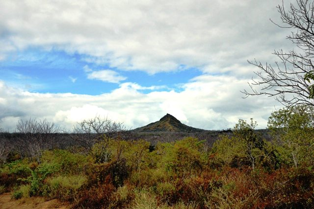 Dragon Hill, Galapagos cruise