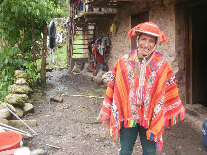 Nexos Voluntarios, Cuncani, Sacred Valley, Peru volunteer work, Peru For Less