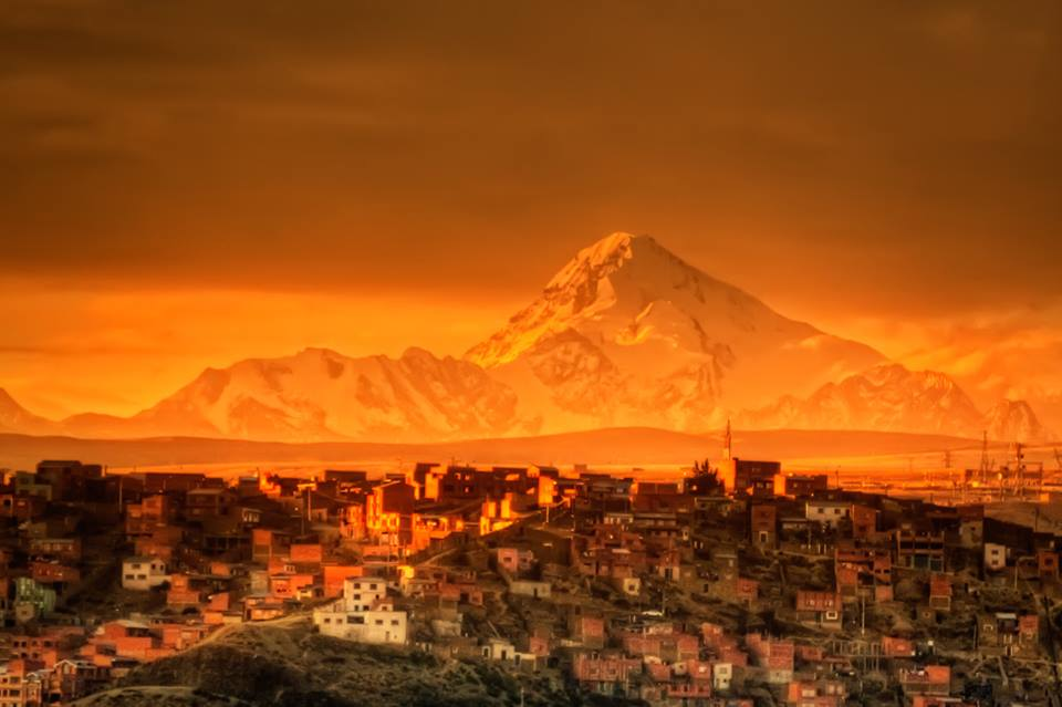On a golden stage in La Paz, Bolivia. Photo by Pedro Szekely