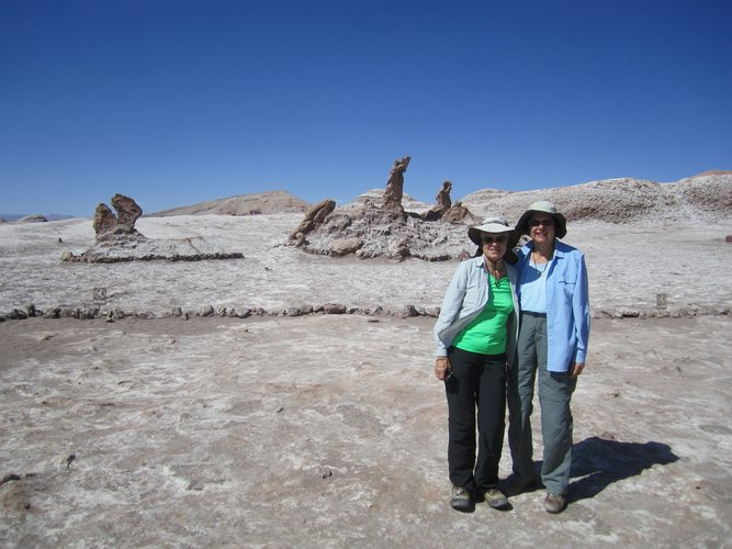 travelers-taking-a-pictures-in-Atacama-Desert-Chile