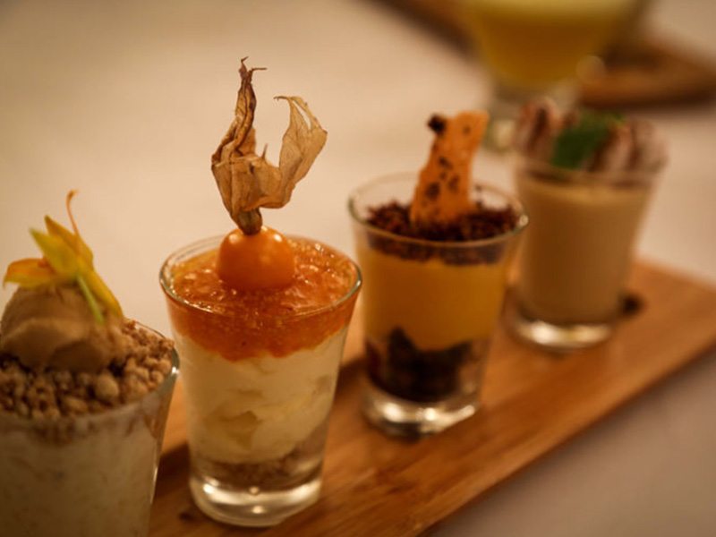 Huaca Pucllana mini dessert tester
