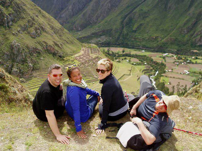 Peru For Less travelers resting along the Inca Trail to Machu Picchu