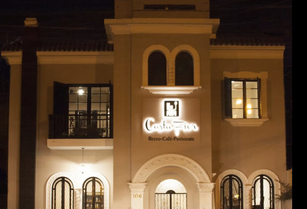 Exterior shot of Casta Fior, one of the best restaurants in Arequipa