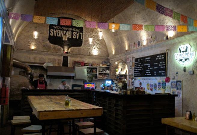 Interior shot of Las Gringas restaurant in Arequipa