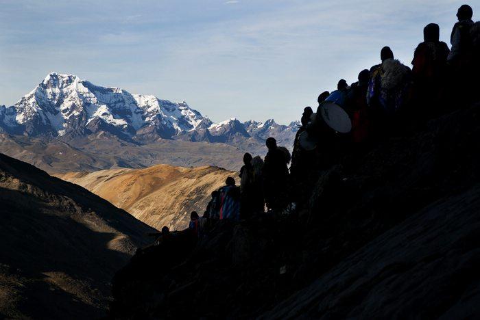 Pilgrimage during Qoryll inti, Ausangate Peru
