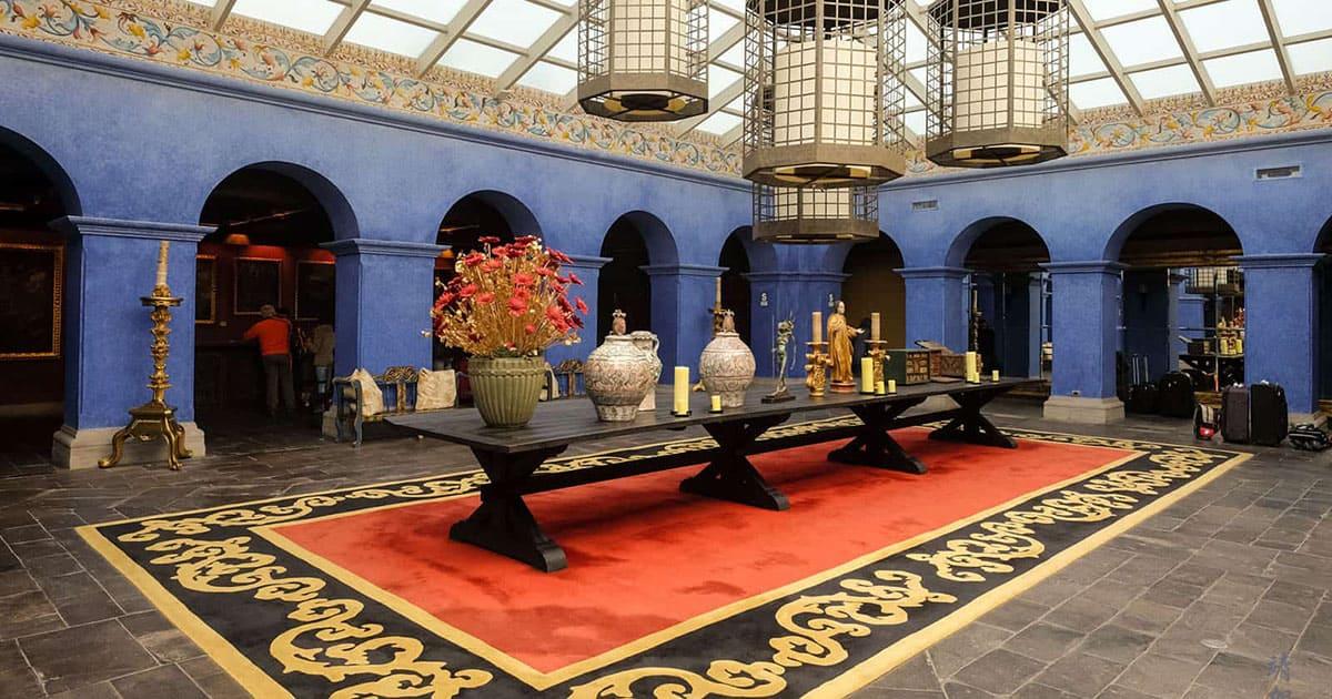 Lobby at the Palacio del Inka luxury hotel in Cusco.