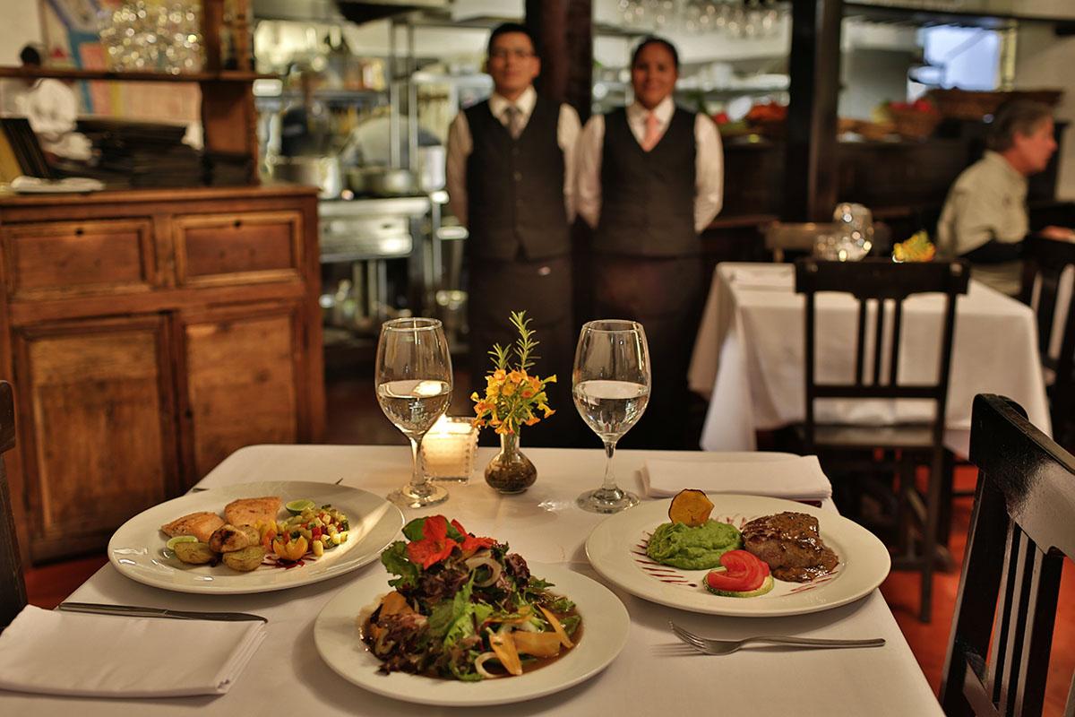 Dinner at El Albergue Restaurant in Ollantaytambo.