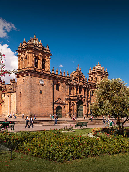 The Cusco Cathedral, an impressive colonial church in the historic city of Cusco, Peru.