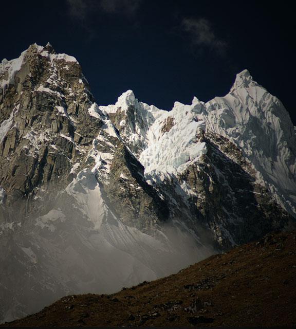 Snowcapped mountain peaks on the Salkantay Trail