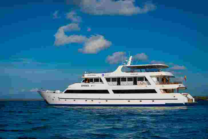 Galapagos Yacht | Sea Star Journey | Peru for Less