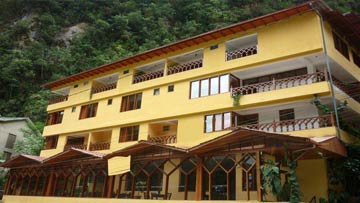 Details about the Hotel Santuario